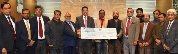 ঢাকা রিপোর্টার্স ইউনিটিকে ৫ লক্ষ টাকা প্রদান করলো আল-আরাফাহ্ ব্যাংক